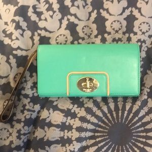Kate Spade Wristlet *very good condition*